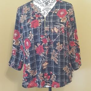 Roz and Ali Floral Blouse size Medium